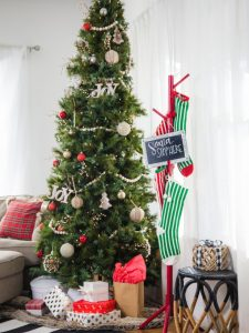 25 Fun Christmas Decor Ideas - Coatrack