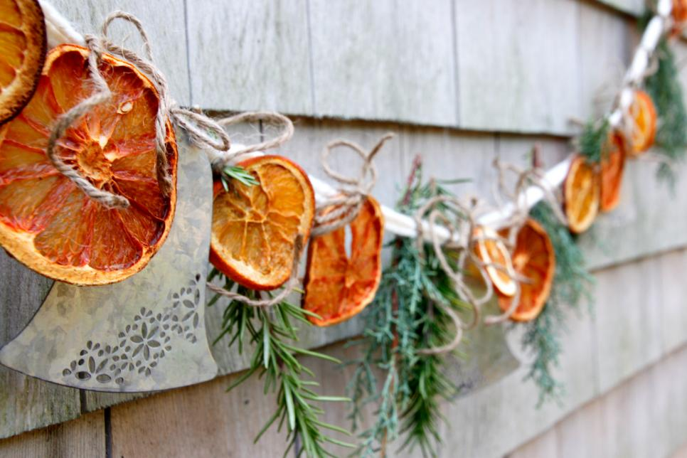 25 Fun Christmas Decor Ideas - Citrus