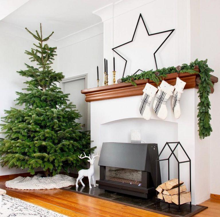 Farmhouse Christmas Decor - Mantle 2