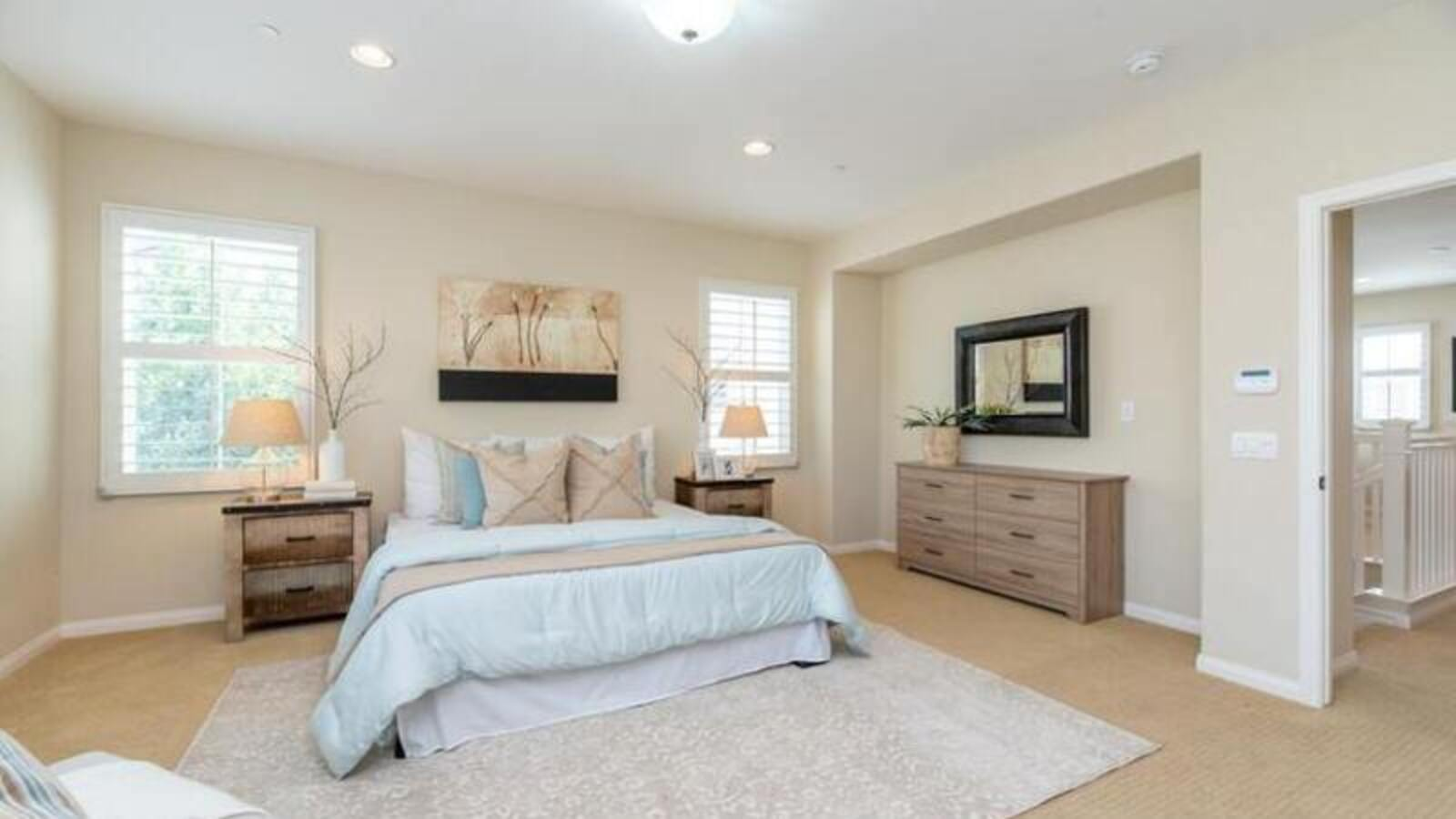 Master Bedroom Decorating - featured 2