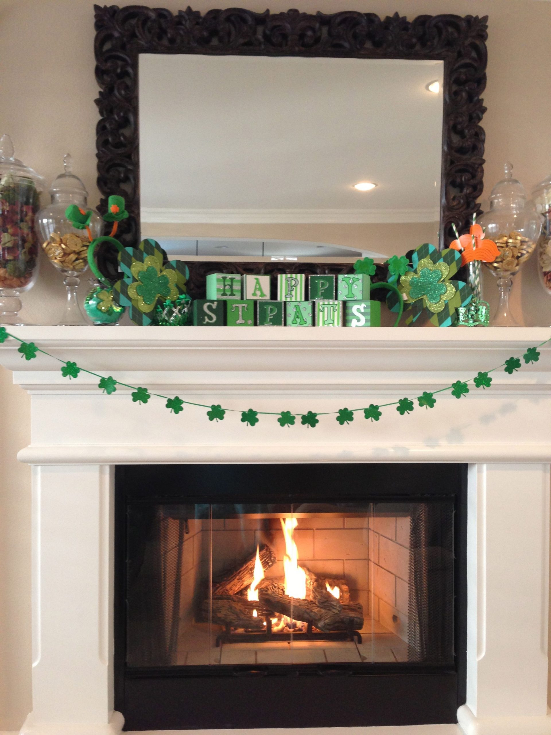 St. Patrick's Day - mantle