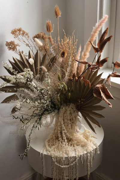 May Flowers: Tasteful, Timely Florals for Spring - Dried Arrangement