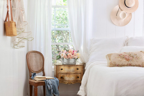 May Flowers: Tasteful, Timely Florals for Spring - Soft Neutrals