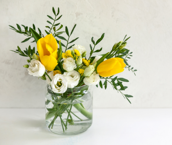 May Flowers: Tasteful, Timely Florals for Spring - Featured